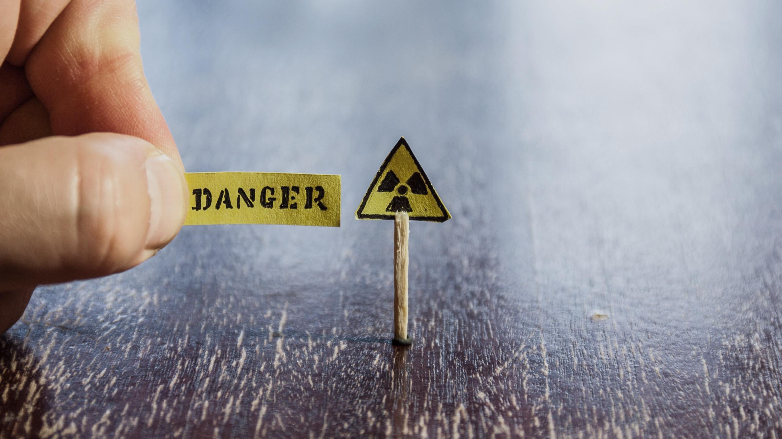 sliderbg-2540x1440px-danger-2